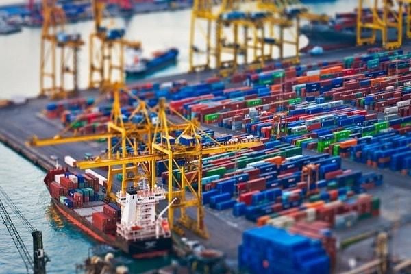 مساله ترخیص کالا از گمرک ، واردات و صادرات کالا ، در بازرگانی ترخیص کارا