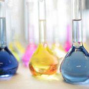 ترخیص مواد شیمیایی از گمرک